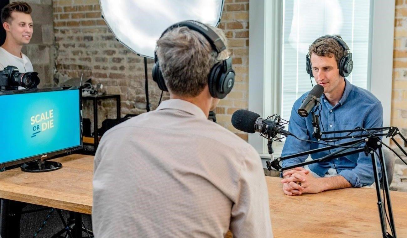 Video Podcast vs Audio Podcast